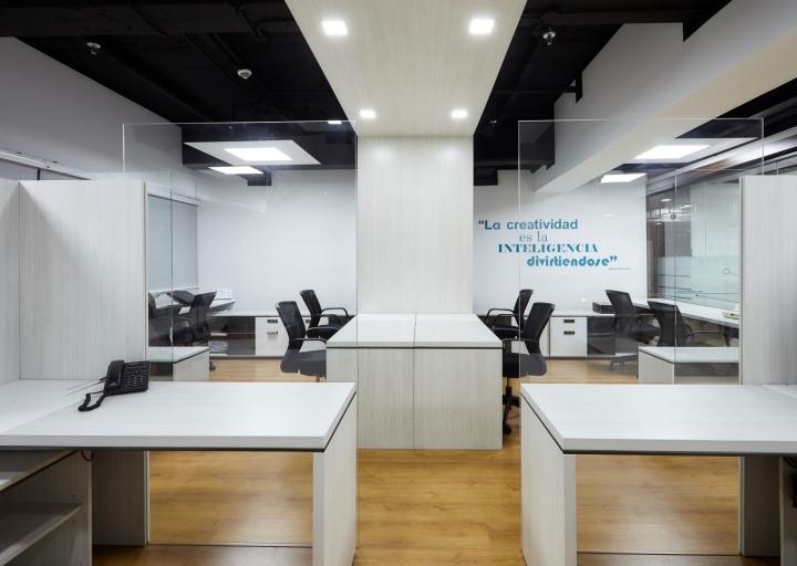 Thi công nội thất văn phòng công ty Mtbase-5