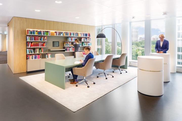 Thiết kế nội thất phòng làm việc công ty xuất bản sách