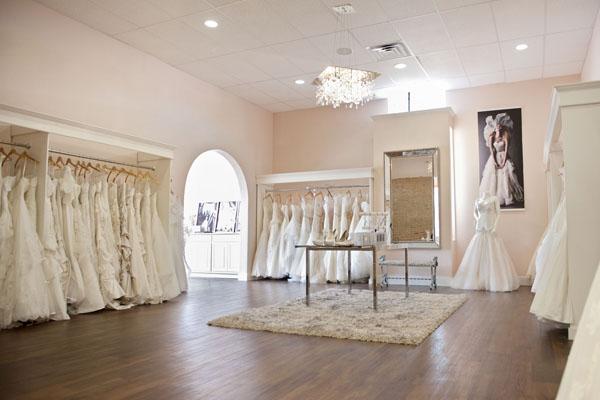 Thiết kế nội thất showroom áo cưới và những điều cần biết