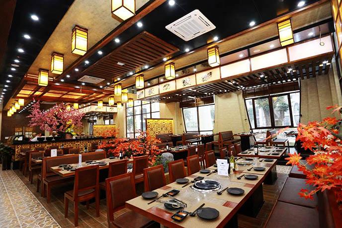 Màu sắc phù hợpđem lại sự tinh tế cho không gian nhà hàng
