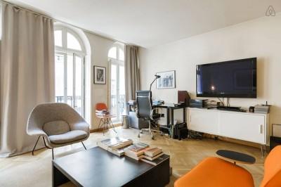 Thiết kế chung cư thanh lịch gọn gàng, phong cách hiện đại