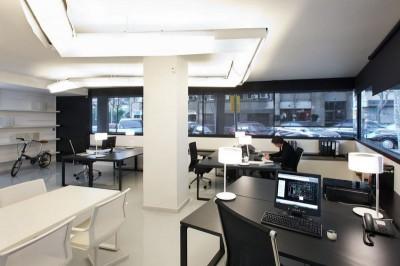 Thiết kế nội thất văn phòng với vách ngăn công nghiệp