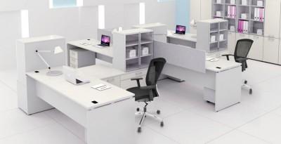 Thiết kế phòng làm việc nhân viên với gam màu đen trắng