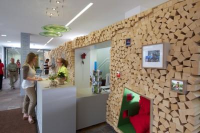 Yếu tố cần chú trọng trong thiết kế văn phòng du lịch