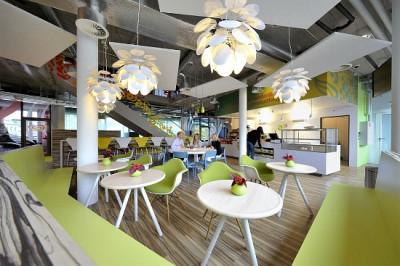 Tư vấn thiết kế văn phòng làm việc với đèn trần ấn tượng