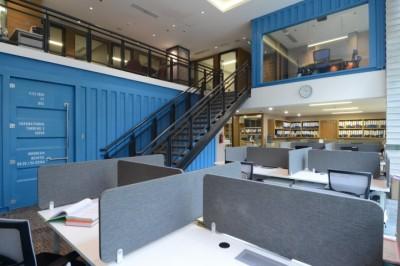 Thiết kế văn phòng làm việc theo những hình khối hiện đại và cá tính