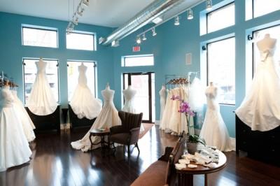 Tư vấn thiết kế showroom áo cưới đẹp
