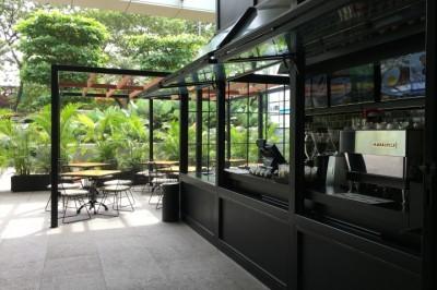 Thiết kế nhà hàng bằng kính