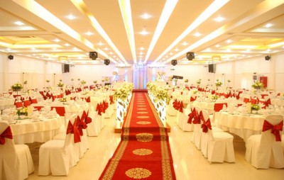 Nội thất của nhà hàng tiệc cưới khiến khách mê tít