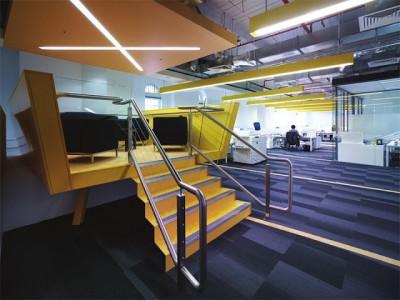 Những mẫu cầu thang đẹp phù hợp với thiết kế văn phòng