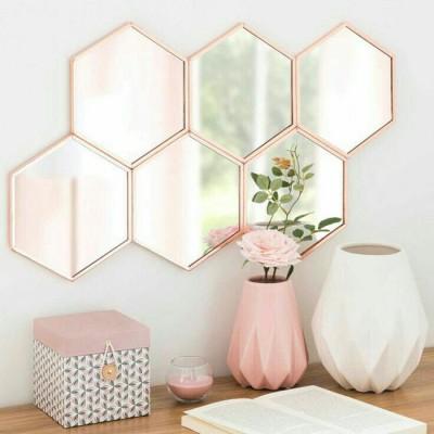 Ngắm vẻ đẹp đầy lôi cuốn của các sản phẩm nội thất màu đồng và hồng