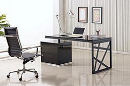 Vì sao đặt bàn giám đốc không được quay lưng ra cửa?