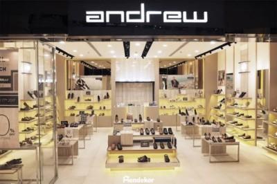 Ý tưởng thiết kế showroom giày dép đẹp mọi góc nhìn