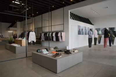 Bật mí bí quyết thiết kế showroom thời trang đẹp
