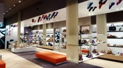 Thiết kế showroom giày dép bắt mắt, chuyên nghiệp