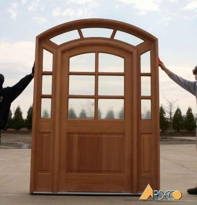 Cửa gỗ tự nhiên kiểu vòm