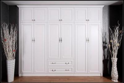 Tủ đựng quần áo gỗ cao cấp 03